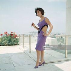 ΤΖΕΝΗ ΚΑΡΕΖΗ Cinema Theatre, 1960s Fashion, Old Movies, Movie Stars, Actors & Actresses, Dresses For Work, Portrait, Celebrities, Womens Fashion