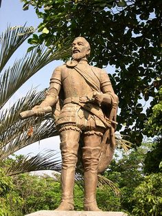 """Statue of Miguel Lopez de Legazpi (a.k.a. """"El Adelantado), first Spanish governor-general of the Spanish East Indies 1565-1572, later known as the Philippines).  He established both Fort Santiago and San Pedro.  More information about him here: http://www.britannica.com/EBchecked/topic/334927/Miguel-Lopez-de-Legazpi"""