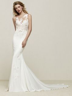 Fit and Flare crepe lace illusion wedding dress with belt, Pronovias 2018 collection - Drenoa