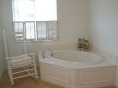 The property 9660 SE Ave, Ocala, FL 34472 is currently not for sale on Zillow. View details, sales history and Zestimate data for this property on Zillow. Corner Bathtub, Home And Family, Corner Tub