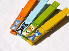 CAT CLOTHESPIN hand painted magnetic pegs by SugarAndPaint on Etsy, $10.00