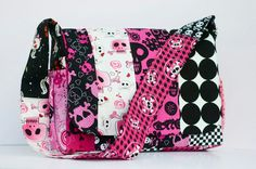 Pink Black White Skulls Messenger Bad Diaper Bag Purse