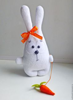 cute bunny with ♥ Sock Crafts, Felt Crafts, Sewing Crafts, Sewing Projects, Animal Sewing Patterns, Stuffed Animal Patterns, Doll Patterns, Fabric Toys, Sewing Dolls