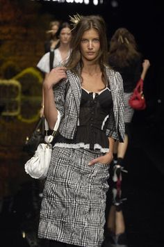 Dolce & Gabbana - Ready-to-Wear – Spring / Summer 2006