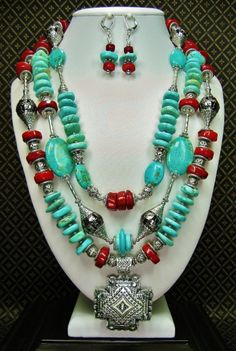 GLAMOUR IN TURQUOISE AND CORAL - SOUTHWEST CHUNKY COWGIRL Necklace / Statement Gemstone Triple Strand Jewelry