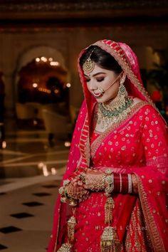 Indian Wedding Planning, Fairmont Jaipur, Lavender Outfit, Mehendi Decor Ideas, Mehendi Outfits, Sabyasachi Bride, Saree Gown, India Wedding, Bridal Poses