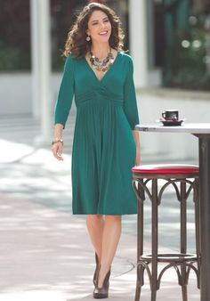 Slimming Sassy Dress from Monroe and Main. Shapely, easy fit makes this a must-have wardrobe staple. A surplice neckline, empire waist band and gathers in all the right places narrow your silhouette to accentuate your best features. Fall Fashion Colors, Autumn Fashion, Slim And Sassy, What To Wear, Cold Shoulder Dress, Dress Up, Cute Outfits, Dresses For Work, Plus Size