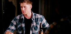 """[gif] Dean barking at the mailman, """"You, you, you, you!"""", was my favorite funny moment from Dog Dean Afternoon. #Supernatural 9.05"""