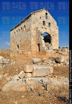 Ruin of the byzantine church at the archeological site of Sitt Ar-Rum, Dead Cities, Syria, Middle East, West Asia Byzantine Architecture, Religious Architecture, Historical Architecture, Ancient Architecture, Art And Architecture, Archaeological Discoveries, Archaeological Site, Early Middle Ages, Middle East