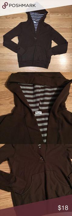 Selling this Splendid pullover hoodie on Poshmark! My username is: llilsecret. #shopmycloset #poshmark #fashion #shopping #style #forsale #Splendid #Tops