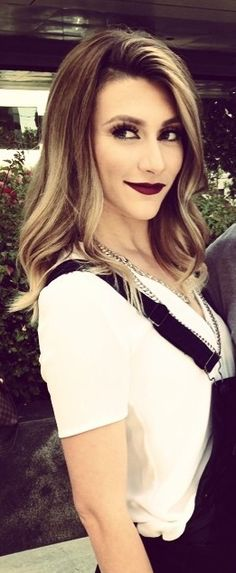 Hair inspiration for summer! Loving the highlights and her makeup isn't so bad either :) Amy Heidemann from Karmin