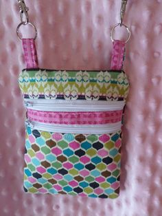 Roco Beat Double Zip Crossbody Diabetes Meter Case. Choose any fabric that you wish! Looks great with a matching insulin pump pouc!