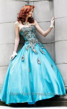 This is my dress that I chose for prom!!! I'm sooo excited!!! :D  Hope I get asked...