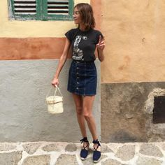5 Style Lessons We All Can Learn From Alexa Chung - FASHION Magazine