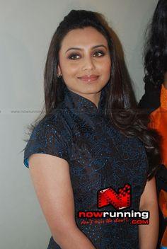 Rani Mukherjee in her new slim avatar at a party Actress Anushka, Hindi Actress, Old Actress, Rani Mukerji, Preity Zinta, Karisma Kapoor, Cinema Actress, Madhuri Dixit, Anushka Sharma