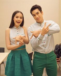 Thai Style, Thai Drama, Young Fashion, Sweet Couple, Actor Model, Celebrity Couples, Bearded Men, Traditional Dresses, Cute Couples