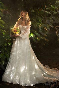 Woodland Wedding Dress, Fantasy Wedding Dresses, Fairy Wedding Dress, Fantasy Gowns, Fairytale Dress, Wedding Gowns, Perfect Wedding Dress, Ivory Wedding, Wedding Dress Styles