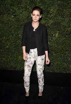 Kristen Steward Wearing Chanel - Charles Finch and Chanel Pre-Oscar Dinner - http://becauseiamfabulous.com/2016/02/29/kristen-steward-wearing-chanel-charles-finch-chanel-pre-oscar-dinner/