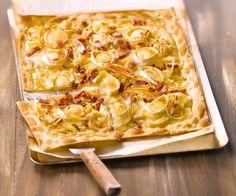 Voyagez jusqu'en Alsace avec cette recette de flammekueche à base de fromage de chèvre et de miel.