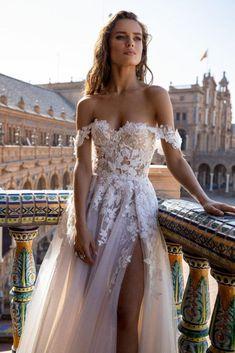 Perfect Wedding Dress, Boho Wedding Dress, Dream Wedding Dresses, Bridal Dresses, Wedding Dress Colors, Couture Wedding Dresses, Corset Prom Dresses, Ball Gown Wedding Dresses, Beach Wedding Dresses