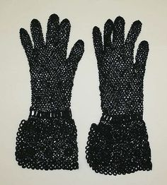 Gloves - probably French - 1937-38. Cotton.  The Met