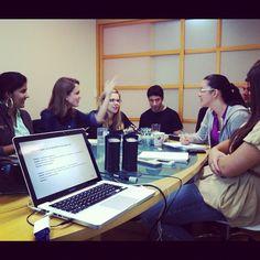 Workshop in-company com a equipe da Crossmedia (Social Media, comportamento, novas gerações, monitoramento)
