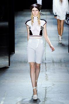 Alexander Wang Spring 2012 Ready-to-Wear Fashion Show - Julia Nobis