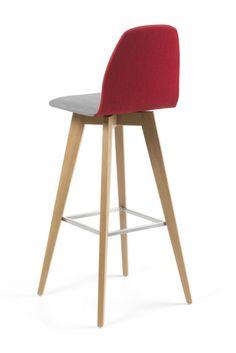 Chaise de bar bicolore à piétement bois MOOD#11 par Mobitec.