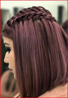 Hair colour trends braided hairstyles for women. 2018 Color braided hairstyles here. No worries I have long hair. Braided Hairstyles For Wedding, Trendy Hairstyles, Straight Hairstyles, Short Straight Hair, Short Hair With Layers, Layered Hair, Braids For Short Hair, Short Hair Styles, Cool Hair Color
