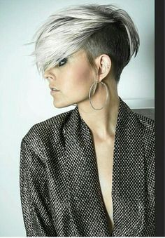Elegant hairstyles sidecut gallery The post Elegant hairstyles sidecut gallery appeared first on frisuren. Undercut Hairstyles, Funky Hairstyles, Elegant Hairstyles, Undercut Bob, Sassy Hair, Edgy Hair, Short Hair Cuts, Short Hair Styles, Long Pixie Hair