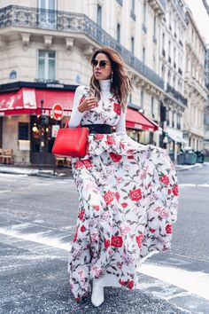 35 Fashion for Petite Women Spring 2019 Spring Summer Fashion, Spring Outfits, Viva Luxury, Fashion For Petite Women, Bikini, Mixing Prints, Floral Prints, Trending Outfits, Wedding Day