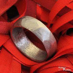 Custom Wedding Ring mens ring womens ring Hand forged von KREDUM