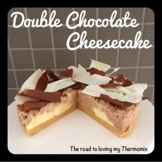 The road to loving my Thermomix: Double Chocolate Cheesecake Thermomix Cheesecake, Thermomix Desserts, Cheesecake Recipes, Double Chocolate Cheesecake, Peppermint Cheesecake, Cooking Chocolate, Chocolate Delight, Cream Cheese Recipes, Baking Recipes