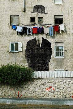 Clothing smile | via STREET ART UTOPIA