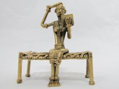 Lady sitting on bed w/mirror. StatueDhokra by QEDECOR on Etsy