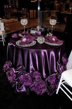Tablescape-Centerpiece-Place Setting Party Decoration, Wedding Table Decorations, Wedding Centerpieces, Decor Wedding, Purple Birthday Decorations, Wedding Rustic, Wedding Gifts, Purple Table Settings, Wedding Table Settings