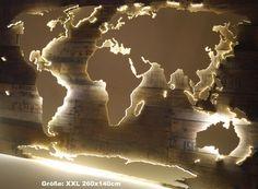**Handgefertigte**, einzigartige Weltkarte mit Beleuchtung und 3D-Effekt im Vintage-Look im **XXL-Format**: **260cm in der Breite, 140cm hoch**: Unser beliebtes Wandbild als **gigantischer...