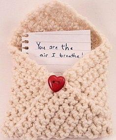 Crochet Envelope for Love Letter (Free pattern) - busta da lettera all'uncinetto