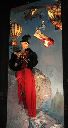 another bergdorf window display: great for antiques, vintage toys or hardware