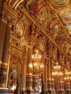 Paris Opéra Garnier, deservedly called Palais Garnier, designed by the architect Charles Garnier commissioned by Napoleon III Architecture Baroque, Art Et Architecture, Beautiful Architecture, Beautiful Buildings, Beautiful Places, Simply Beautiful, Paris Opera House, Gold Aesthetic, Phantom Of The Opera