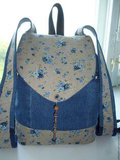 Best 11 Denim Backpack Colors of Autumn – SkillOfKing. Denim Backpack, Denim Bag, Fashion Backpack, Jean Crafts, Denim Crafts, Jean Purses, Recycled Denim, Kids Bags, Leather Bag
