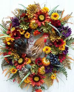 wreath with handsome rooster..