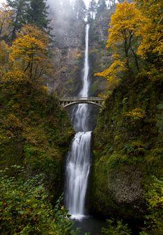 Multnomah Falls by sivousplay.deviantart.com on @deviantART