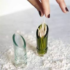 recycled glass toothpick holder from the top of a wine bottle. Recycled Glass Bottles, Glass Bottle Crafts, Diy Projects Glass Bottles, Crafts With Wine Bottles, Bottles And Jars, Glass Jars, Cut Wine Bottles, Cutting Glass Bottles, Wine Bottle Glasses