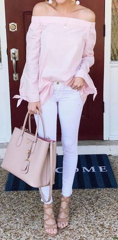 7 Amazing Spring and Summer Outfits to pack now casual style perfection off shoulder top + bag + heels + The Best of fashion trends in Unique Outfits, Pretty Outfits, Casual Outfits, Cute Outfits, Fashion Outfits, Look Rose, Tall Girl Fashion, Fashion Moda, Denim Fashion