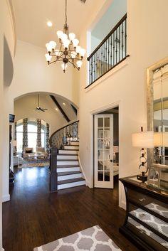 Highland Homes | Lawler Park 75s | Entryway | Frisco, TX | Plan 296