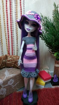 Handmade crochet clothes for Monster High