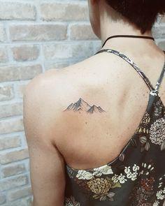 Lets Climb High - Wild Tattoo Art - Anna Kramer - 125 Best Mountain Tattoos! Lets Climb High - Wild Tattoo Art Mountain Tattoos! Lets Climb High . Small Mountain Tattoo, Mountain Range Tattoo, Mountain Tattoo Design, Geometric Mountain Tattoo, Mountain Art, Tattoos Mandala, Tattoos Geometric, Octopus Tattoos, Line Tattoos