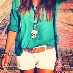 White shorts, brown belt, teal top!