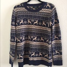 Christmas themed reindeer sweater! Super cute reindeer sweater! Has only been worn once so in great condition! Really comfy and cute. Offers welcome! Forever 21 Sweaters Crew & Scoop Necks